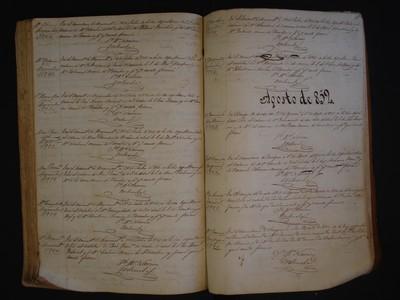 Libro de entierros No. 13