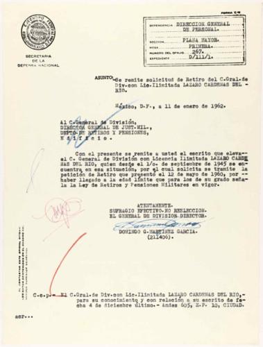 Vida personal del general Lázaro Cárdenas: Remisión de un documento sobre retiro