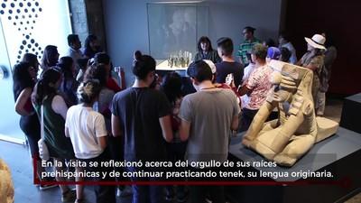 Niños tenek y nahuas de SLP visitan exposición Golfo Mosaico Ancestral, en el Museo Nacional de Antropología