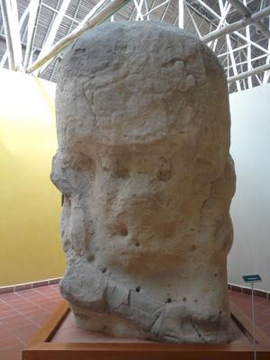 Monumento 54