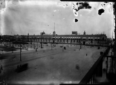 Palacio Nacional y Zócalo de la Ciudad de México, vista general