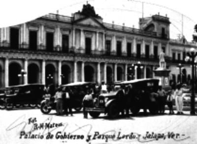 Palacio de Gobierno y Parque Lerdo