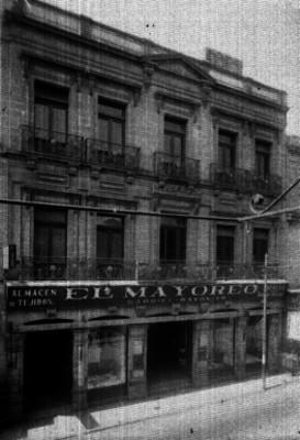 Edificio comercial El Mayoreo, fachada
