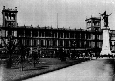 Plaza de la Constitución y Ayuntamiento de la Cd. de México