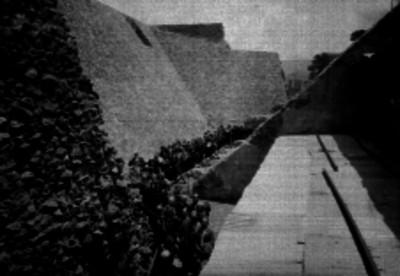 Pascual Ortíz Rubio y comitiva al pasar por el Templo de Quetzalcóatl
