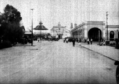 Plaza principal, parroquia y kiosko de Xochimilco