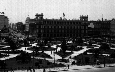 Plaza de la Constitución y Ayuntamiento Municipal
