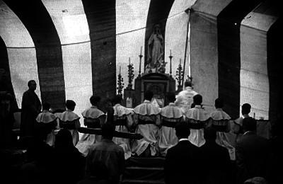 Ceremonia religiosa en la Basílica