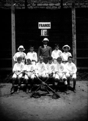 Equipo infantil del Club Francés, retrato de grupo