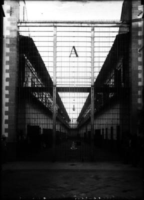 """Crujía A. Penitenciaría"" de Lecumberri, vista parcial"