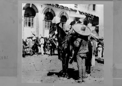 Emiliano Zapata con el general Pacheco