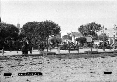 "Plaza de armas en ""Aguascalientes"", vista general"