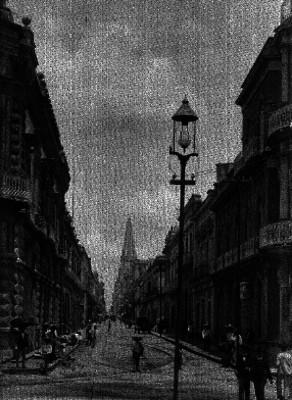 Vida cotidiana en calle contigua a la catedral