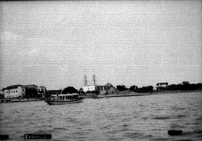 """Embarcación en el lago de """"CHAPALA"""""""