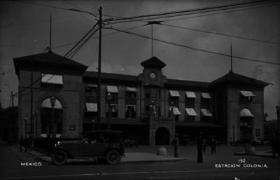 Estación de ferrocarril Colonia, exterior