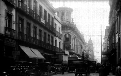 """Vida cotidiana en la """"calle Isabel la Católica"""""""