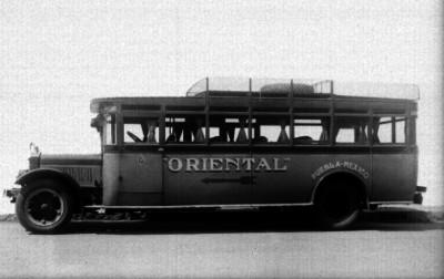 Autobús de la linea la Oriental, ruta Puebla-México