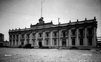 Aduana, fachada