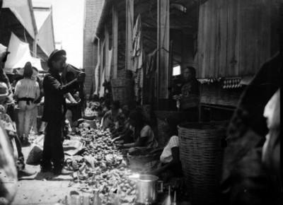 Vendedores en el mercado Benito Juárez