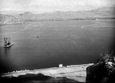Vías ferreas a orillas del Puerto de Manzanillo, panorámica