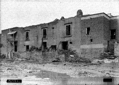 Casa deteriorada, fachada