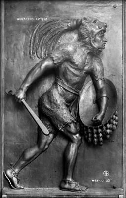 Guerrero azteca, relieve