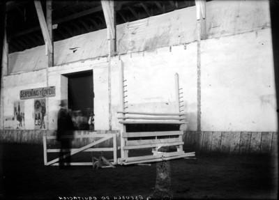 Obstáculo en la Escuela de Equitación