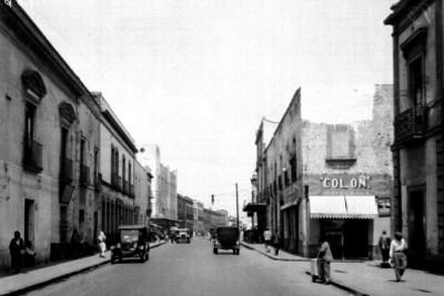 Calles de Perú, vista hacia el poniente, desde la 3a. calle