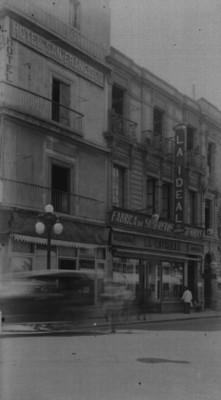 Edificio comercial en Avenida Fco. I. Madero No. 51