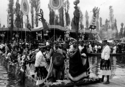 Representación de grupos indígenas en Xochimilco