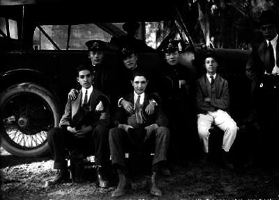 """""""Marinos Japoneses del Yakumo"""" en compañía de """"Ismael"""" Casasola Zapata, Gustavo Casasola Zapata y """"Agustín Muñana"""""""