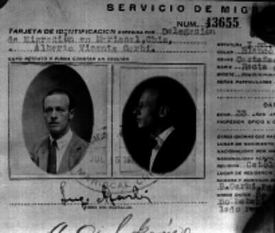 Funcionario público, retrato de identificación expedida por la delegación de Migración en Chiapas
