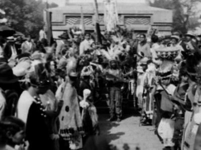 Concheros en un homenaje a Cuauhtémoc