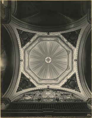 Bóbeda de la cúpula del coro