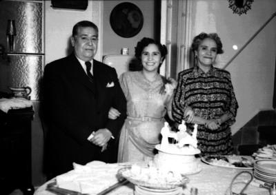 José Altamirano y familia en una fiesta de cumpleaños