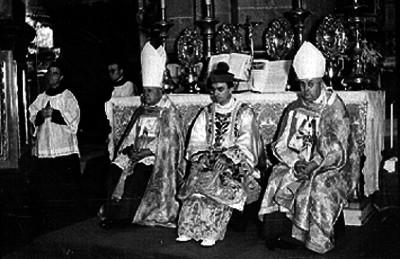 Villanueva, cardenal, oficia misa en la Basílica de Guadalupe