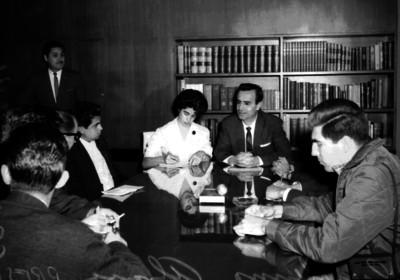 Guillermo Alvarez durante una rueda de prensa