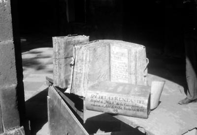 Libros de fábrica de Hospital de nuestra Señora de la Concepción