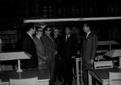 Ortíz Mena y demás funcionarios durante la inauguración de la biblioteca del congreso