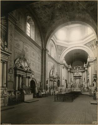 """""""Templo"""" de San Pedro y San Pablo """"vista hacia el Altar Mayor"""""""