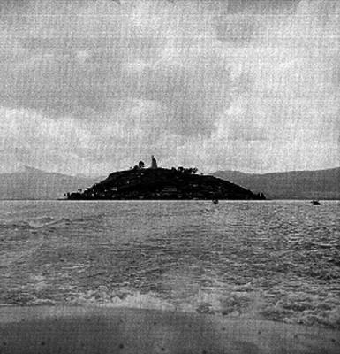 Isla de Janitzio vista desde el lago, panorámica