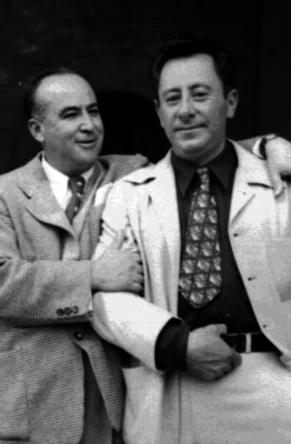 Rafael Ávila Camacho junto a otro hombre, retrato