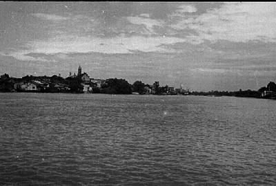 Población a orillas del río Usumacinta en Tabasco, vista parcial