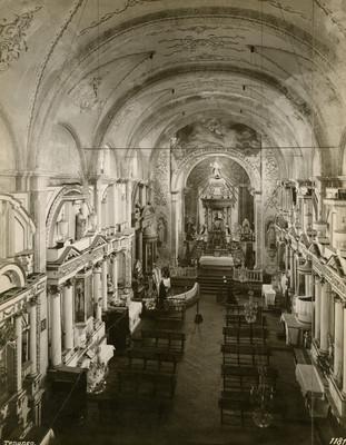 Bóveda, vista hacia el altar mayor