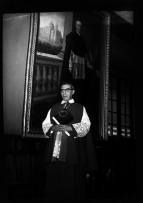 """Jesús """"Manriquez y Zárate"""", sacerdote, retrato"""