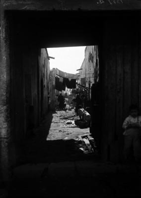 Callejón de una vecindad en la ciudad de México