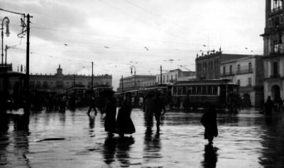Tarde de lluvia en el Zócalo