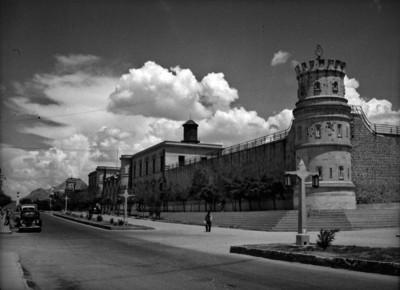 Torre de la prisión de Chihuahua, exterior, vista parcial