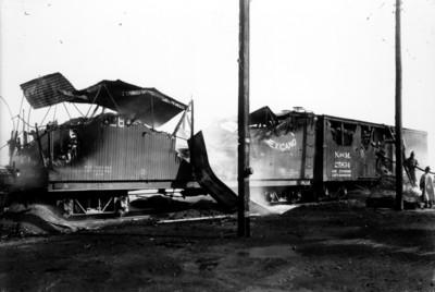 Bomberos sofocan incendio en vagones de ferrocarril