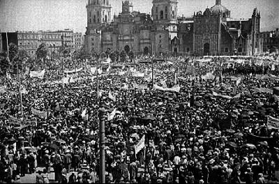 Manifestación en el zócalo de la ciudad de México